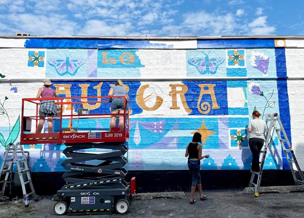 community mural painting volunteers chicago aurora